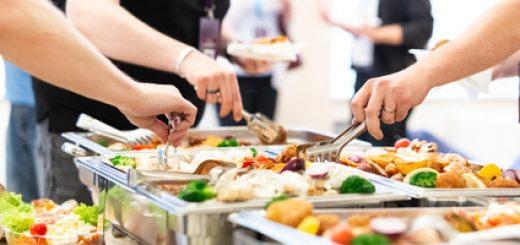 Den richtigen Partyservice (Cateringservice) finden